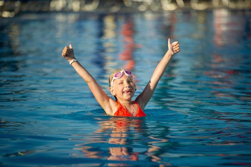 Nauka pływania w bezpiecznych warunkach – Wola