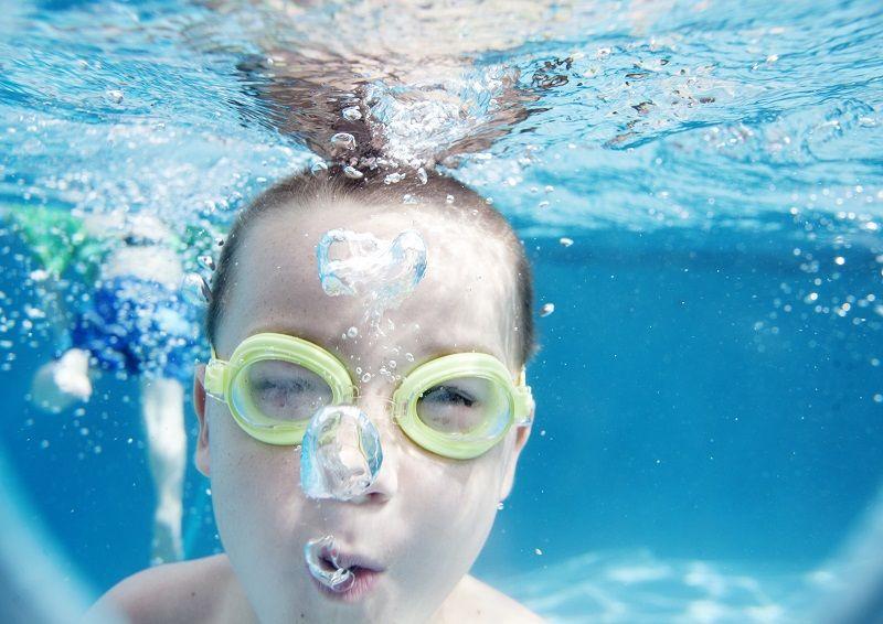 Warto próbować nowych rzeczy – nauka pływania dla dorosłych Wola